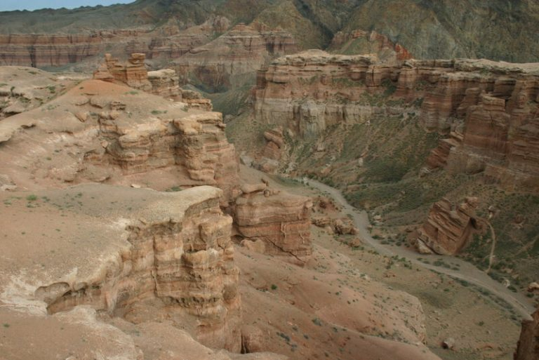 Day 47 I want to camp in the canyon but I'm a new and lone voice in the group…